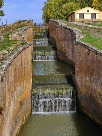 Staustufe Canal de Castilla bei Frómista