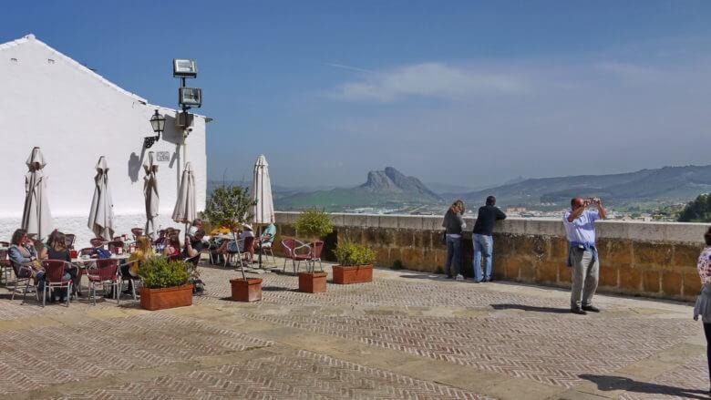 Aussichtspunkt mit Blick auf den Berg Peña de los Enamorados
