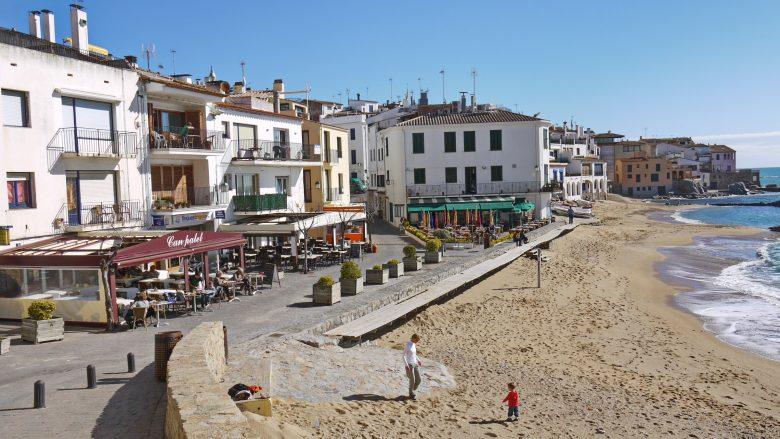 Restaurants am Strand von Calella