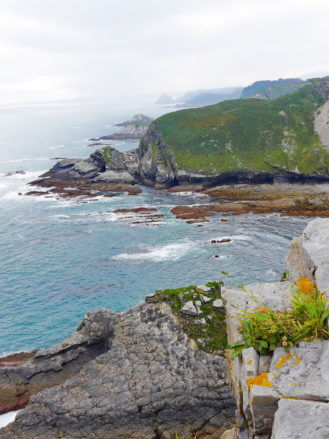 Blick in Richtung Osten und dem Cabo de Peñas