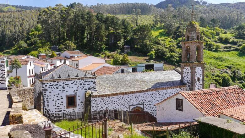 Die Kapelle von San Andrés de Teixido