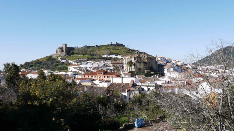 Blick vom Mirador de Aracena auf die Stadt
