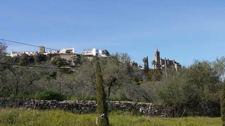 Blick auf Zufre in der Sierra de Aracena y Picos de Aroche