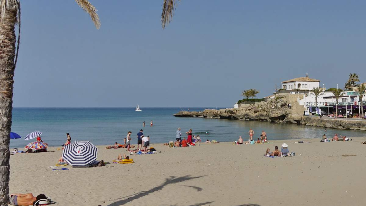 Playa del Arenal in Xàbia (Costa Blanca)