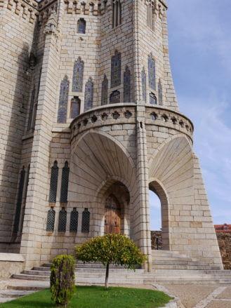 Eingang in den Bischofspalast von Astorga