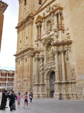 Das Portal der Kirche Santa María in Elx (Elche)