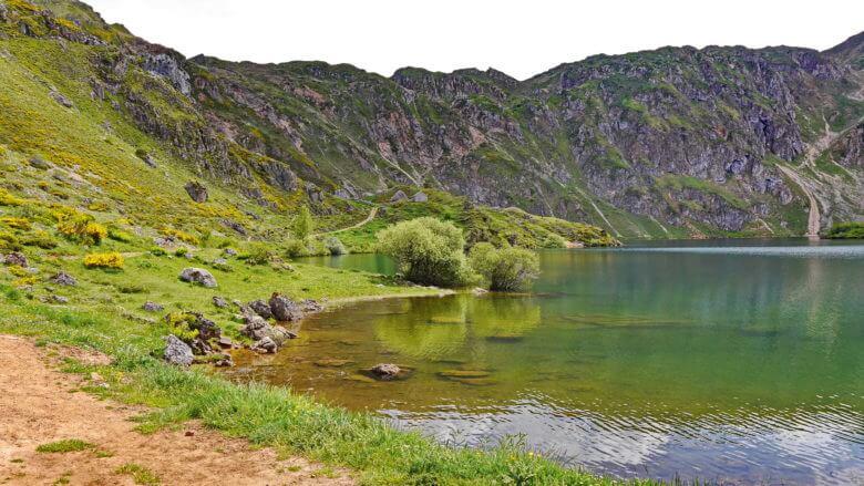 Bergsee Lago del Valle