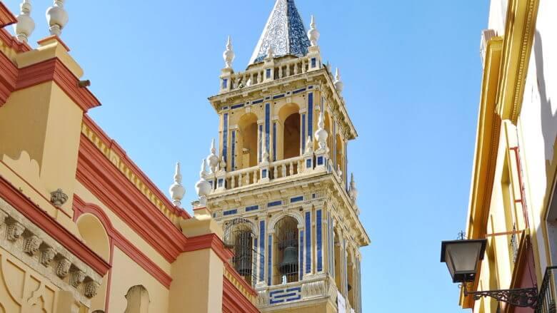Turm der Kirche Santa Ana in Triana