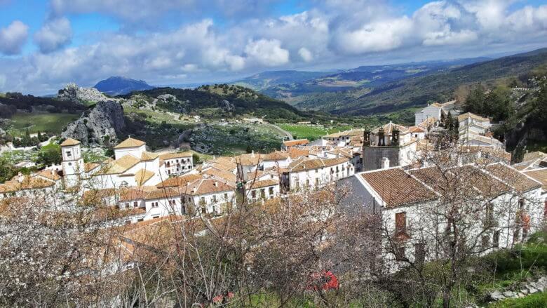 Blick auf Grazalema und die Umgebung