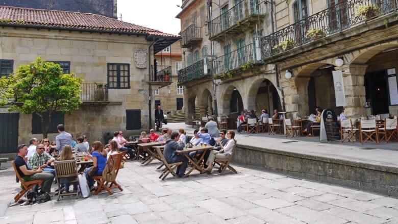 Straßencafé in Pontevedra