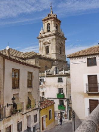 Die Pfarrkirche El Salvador im Stil der Renaissance