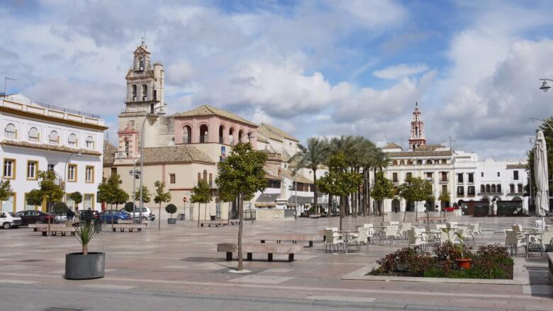 Die Plaza de España in Écija
