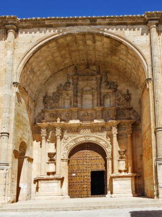 Portal der Kirche Santa María von Alarcón