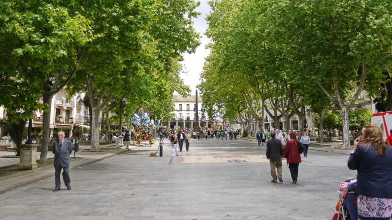 Plaza de la Constitución, der zentrale Platz der Stadt