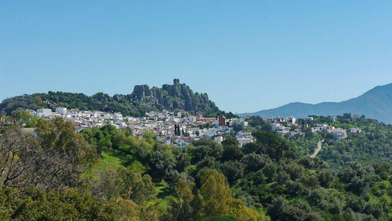 Das Bergdorf Gaucín wird von der Burg überragt