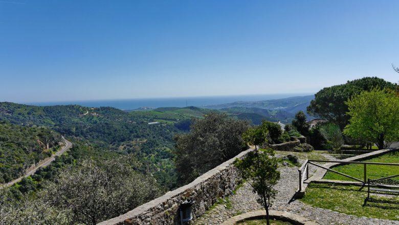 Blick von Casares in Richtung der Küste Costa del Sol