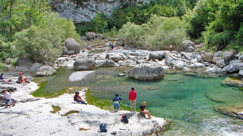 Wanderpause im Cañón de Añisclo im Nationalpark Ordesa y Monte Perdido