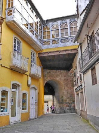 Das Stadttor Porta da Vila