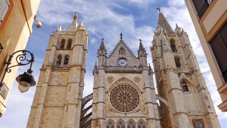 Die Kathedrale von León (Kastilien und León)