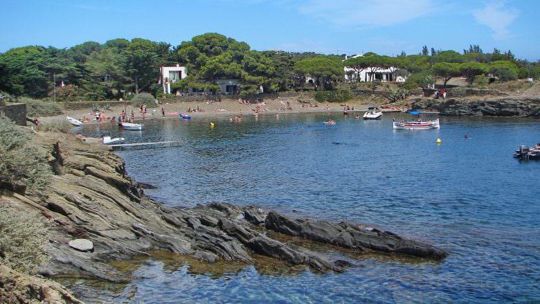 Kleine Badebucht in Cadaqués