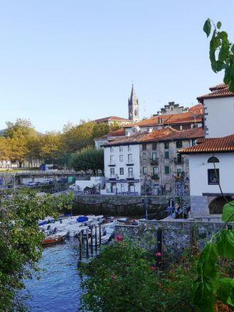 Hafen und historischer Ortskern von Mundaka