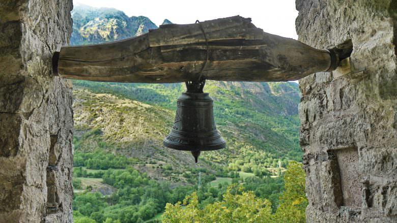 Glocke der Kirche Sant Joan de Boí im Vall de Boí