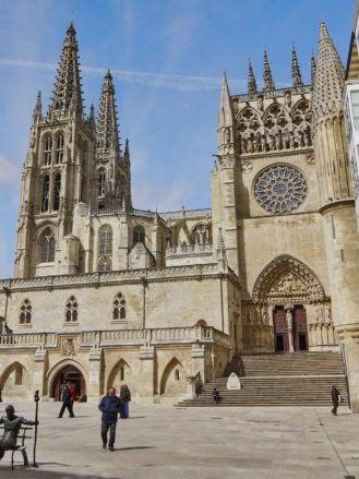 Kathedrale von Burgos (Kastilien und León) mit der Puerta del Sarmental