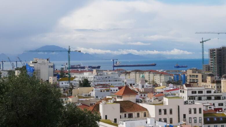 Blick über die Meerenge von Gibraltar nach Afrika