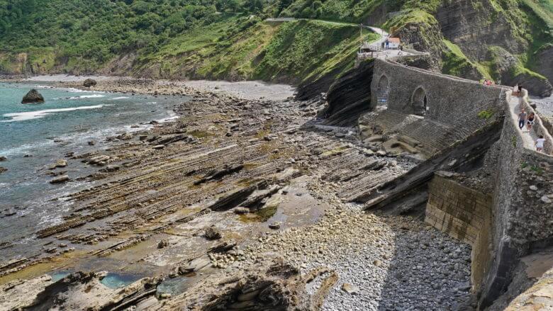 Flysch an der Steinbrücke zur Insel