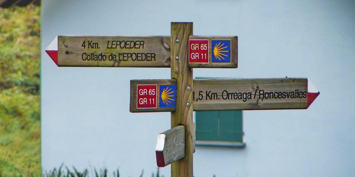 Reiseziel Roncesvalles: Pilgerort am Jakobsweg in den Pyrenäen in Navarra