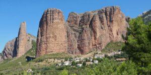 Reiseziel Mallos de Riglos: Wandern und Klettern in den Vorpyrenäen