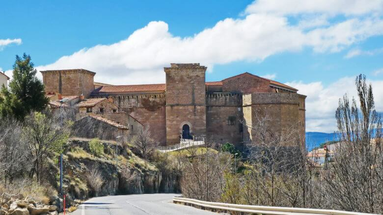 Castillo de los Fernández de Heredia