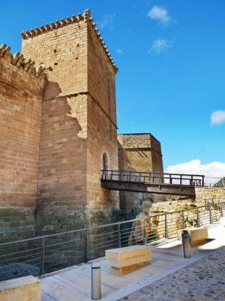 Wehrturm der Burg