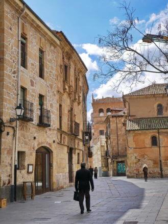Calle Bordadores
