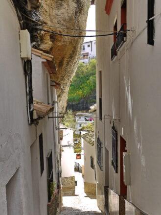 Calle Herrería in Setenil