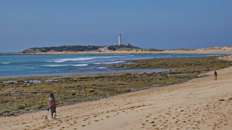 Faro de Trafalgar und Strand