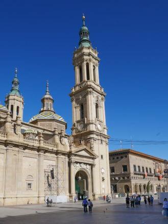 Kathedrale und Rathaus